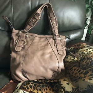 Taupe b makowsky purse